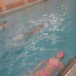Galerie 3.B ukončila kurz plavání