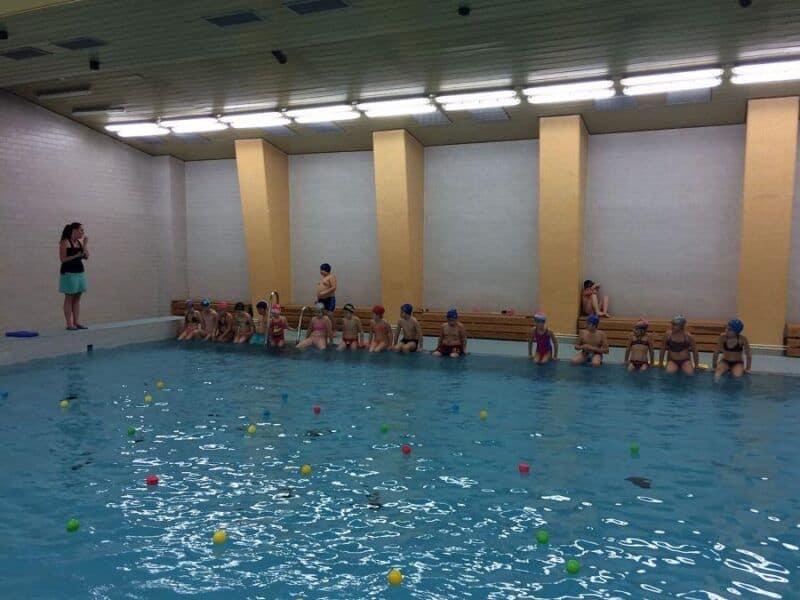 Závěrečné plavání třeťáků