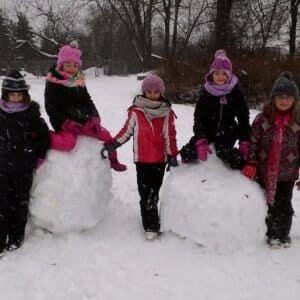Galerie Stavění sněhuláka