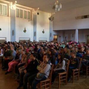 Galerie Divadelní představení vLidovém domě vPozorce