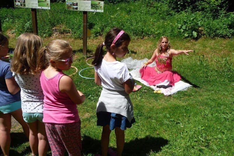 Dětský den ve školní družině– cesta do pohádkovéholesa