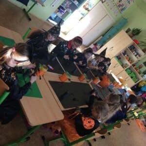 Galerie Halloween vprvních třídách