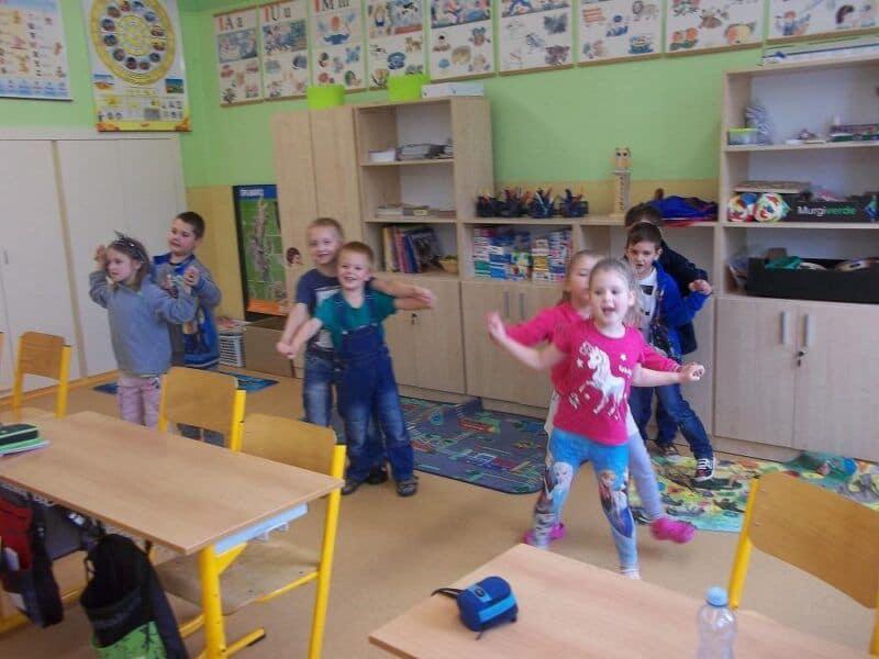 Zpíváme a tančíme ve škole
