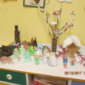 Galerie Pilné včelky si užívají přípravy na Vánoce