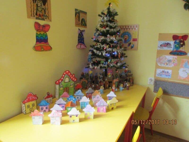 Pilné včelky si užívají přípravy na Vánoce