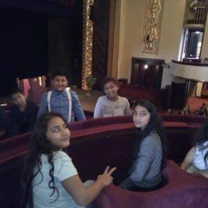 Galerie Návštěva divadla