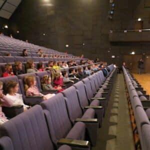 Galerie Prvňáčci navštívili severočeskou filharmonii