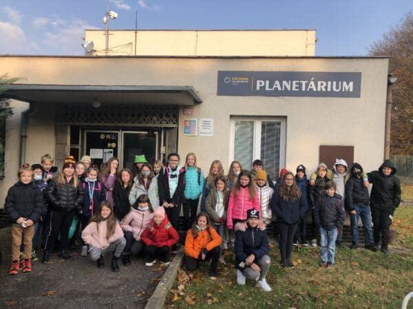 4. a 5. třídy v planetáriu